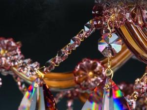 kristalove-lustry-youtube